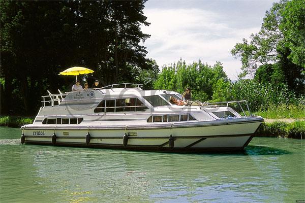 Boat Hire on the Shannon River - Classique