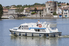Cruisers for hire on the Saône River in Burgundy France - Continentale