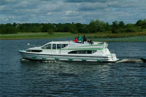 Boat Hire on the Shannon River - Magnifique