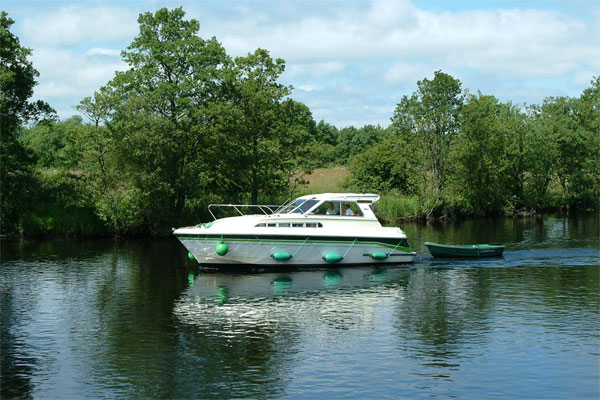 Boat Hire on the Shannon River - Town Star