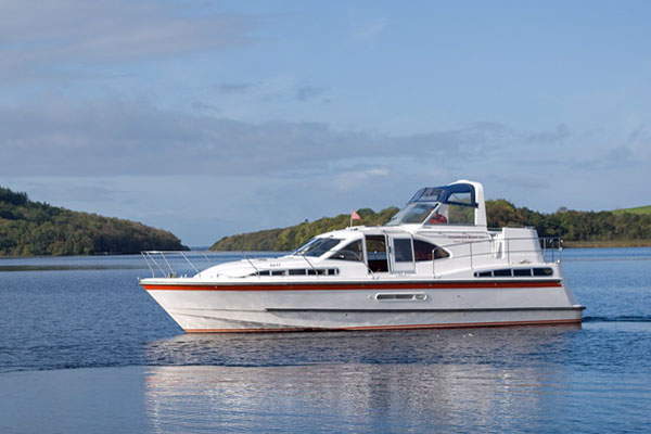 Cruisers for hire on the Shannon River - Inver Countess