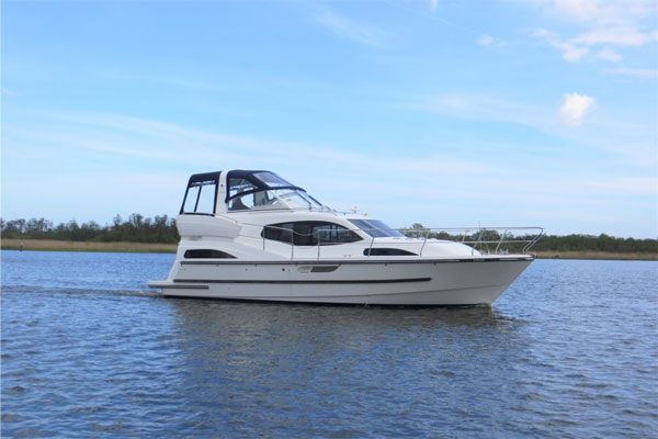 Boat Hire on the Shannon River - Inver King
