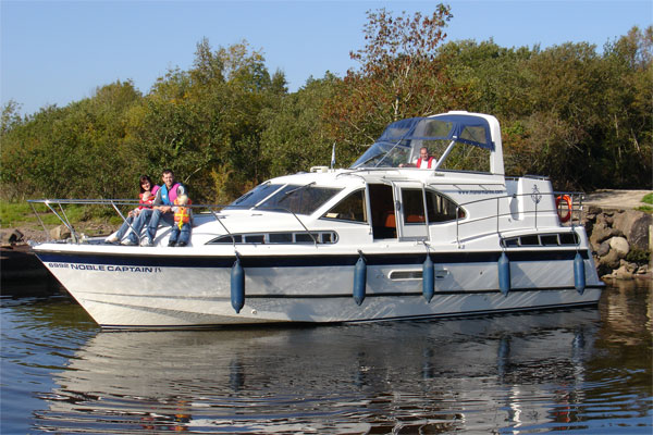 Boat Hire on the Shannon River - Noble Captain