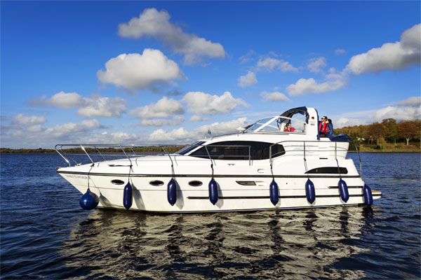 Boat Hire on the Shannon River - Noble Emperor