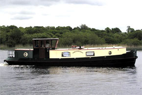 Cruisers for hire on the Shannon River - Dutch Class