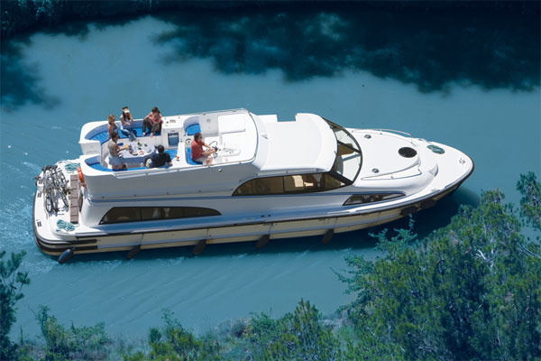 Boat Hire on the Shannon River - Royal Mystique