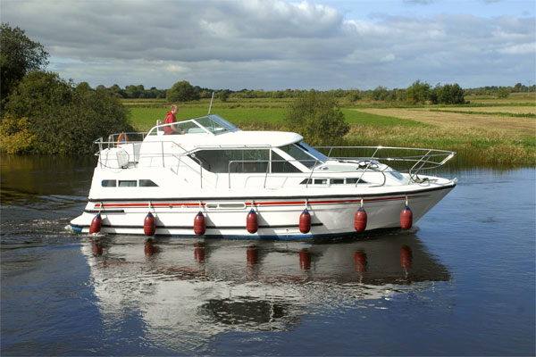Boat Hire on the Shannon River - Silver Crest