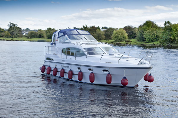 Boat Hire on the Shannon River - Silver Ocean