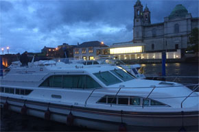 Shannon Boat Hire Gallery - Silver Breeze moored at Athlone
