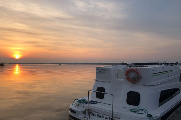 Shannon Boat Hire Gallery - Sunset over Lough Derg