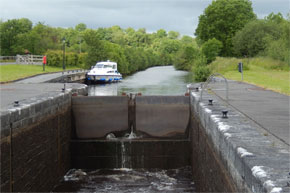 Shannon Boat Hire Gallery - A lock