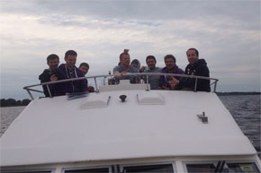 Shannon Boat Hire Gallery - The whole crew