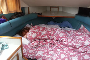 Shannon Boat Hire Gallery - Napping on a Carlow Class