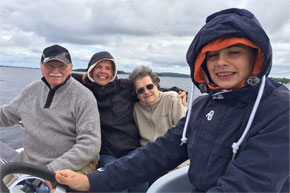 Shannon Boat Hire Gallery - A family cruise