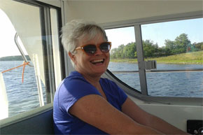 Shannon Boat Hire Gallery - Happy Captain