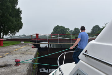 Shannon Boat Hire Gallery - Taking a Shannon Star through a Lock