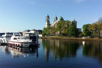 Shannon Boat Hire Gallery - Moored at Athlone