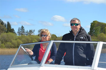 Shannon Boat Hire Gallery - Cruising in the sunshine