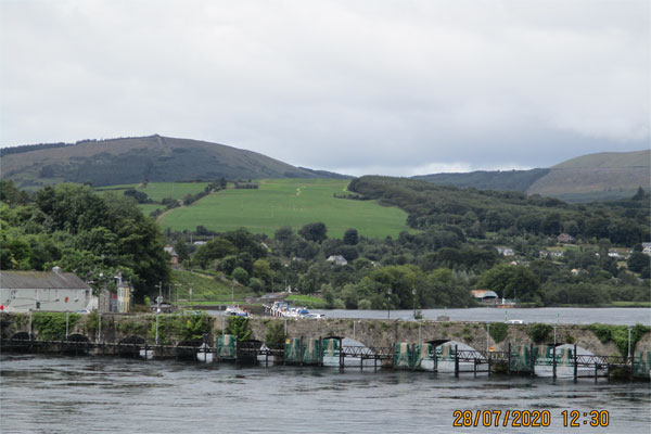 Shannon Boat Hire Gallery - The bridge at Killaloe