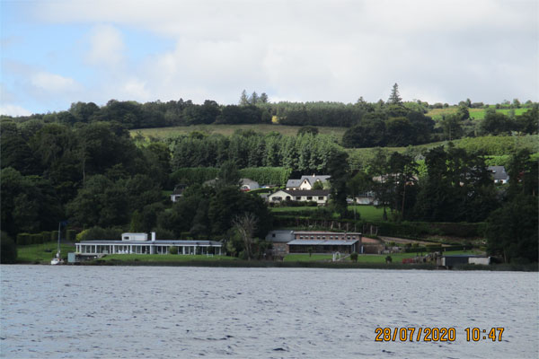 Shannon Boat Hire Gallery - Cruising on Lough Derg