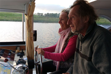 Shannon Boat Hire Gallery - Back seat driver?