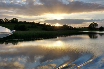 Shannon Boat Hire Gallery - A slow, lazy evening cruise