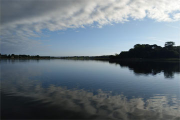 Shannon Boat Hire Gallery - Peaceful cruising on the Shannon River