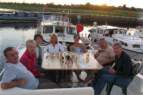 Shannon Boat Hire Gallery - Relaxing on the Magnifque flybridge with friends and family.