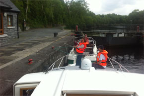 Shannon Boat Hire Gallery - Heave!