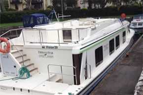 Shannon Boat Hire Gallery - Vision 3 moored