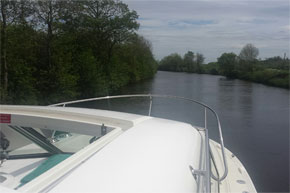 Shannon Boat Hire Gallery - Cruising from Carrick-on-Shannon on a Town Star