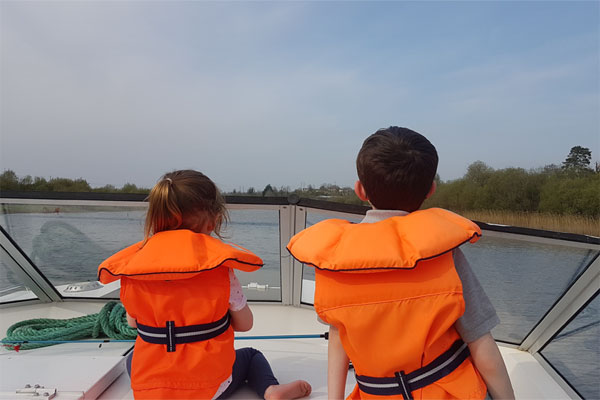 Shannon Boat Hire Gallery - The Captain and the first mate.