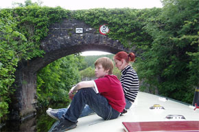 Shannon Boat Hire Gallery - Relaxing on a 45ft Barge on the Shannon/Erne Waterway.