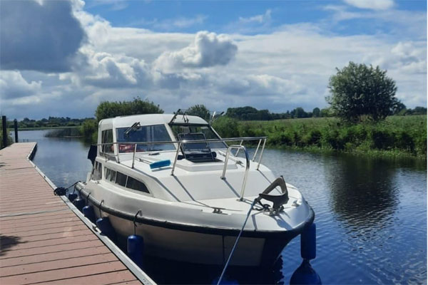 Shannon Boat Hire Gallery - Moored on a Carlow Class