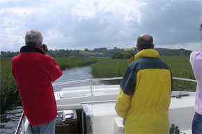 Shannon Boat Hire Gallery - Tricky work navigating the narrow waterways on a Glen Star.