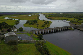 Shannon Boat Hire Gallery - A fantastic view of Shannonbridge on the Shannon River