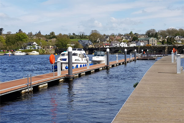 Shannon Boat Hire Gallery - Moored at Killaloe