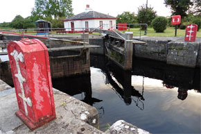 Shannon Boat Hire Gallery - Rooskey Lock