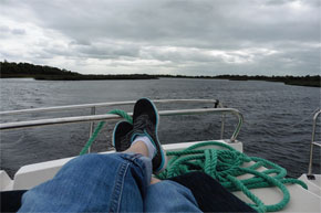Shannon Boat Hire Gallery - Just relax and watch the water go by