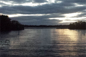 Shannon Boat Hire Gallery - The river