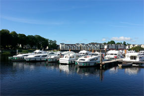 Cruisers moored at Carrick-on-Shannon