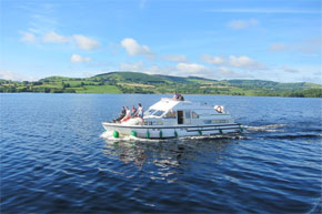 Shannon Boat Hire Gallery - Enjoying the Sunshine on a Shannon Star, Lough Derg