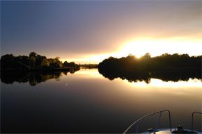 Shannon Boat Hire Gallery - All is quiet on the shannon