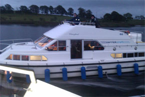 Shannon Boat Hire Gallery - Mooring for the evening on a Waterford Class