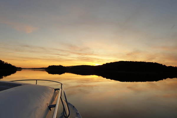 Shannon Boat Hire Gallery - Dead Calm