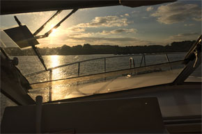 Shannon Boat Hire Gallery - Cruising towards the sunset