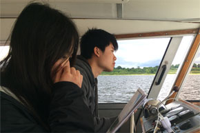 Shannon Boat Hire Gallery - Driver and navigator