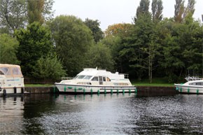 Shannon Boat Hire Gallery - Moored on a Shannon Star
