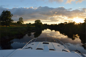 Shannon Boat Hire Gallery - Cruising the tranquil waters of the Shannon