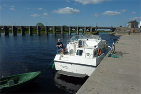 Shannon Boat Hire Gallery - Moored at Shannonbridge on a Lake Star